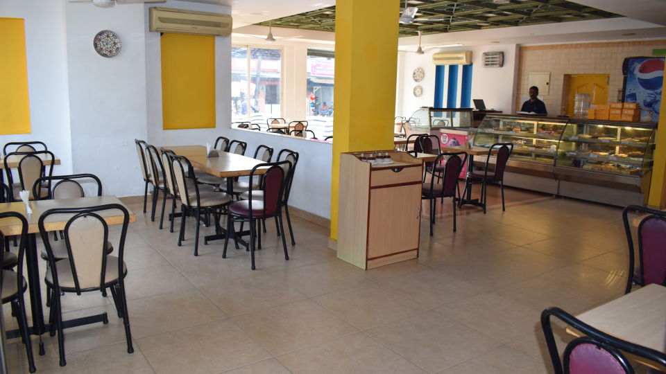 Cafes in Cochin, Coffee Shops in Cochin, Abad Fort Kochi