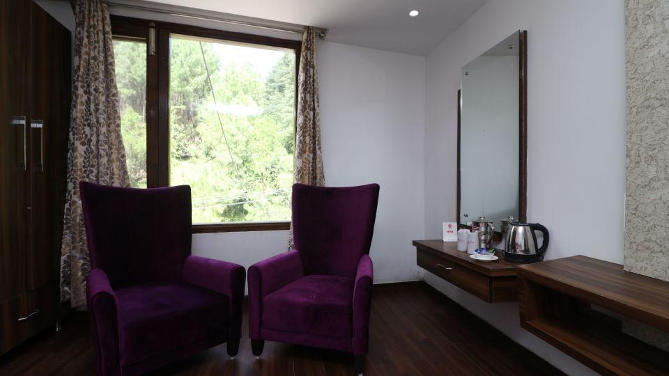 Well-furnished hotel rooms in Dalhousie-021, Amara Blue Magnets, Dalhousie-14