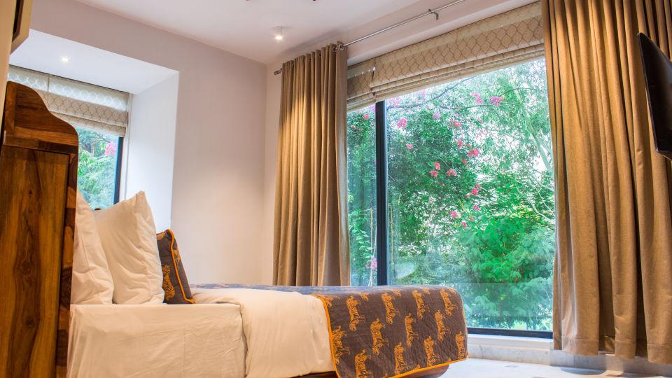 suite - bedroom 1