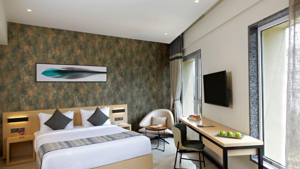 Click Bangalore Room 15354