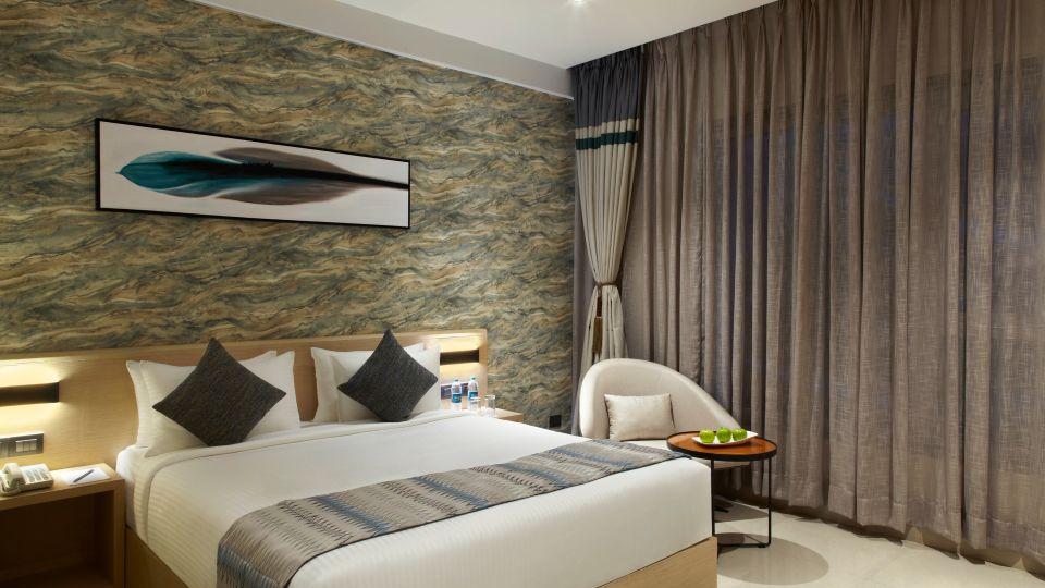 Click Bangalore Room 15472