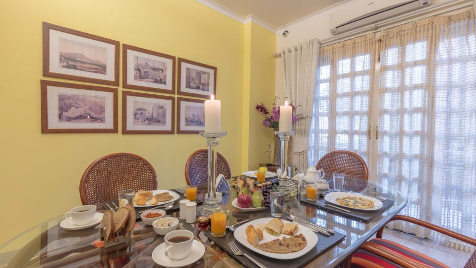 Hotels Near Red Fort, Colonels Retreat, Fine Dining