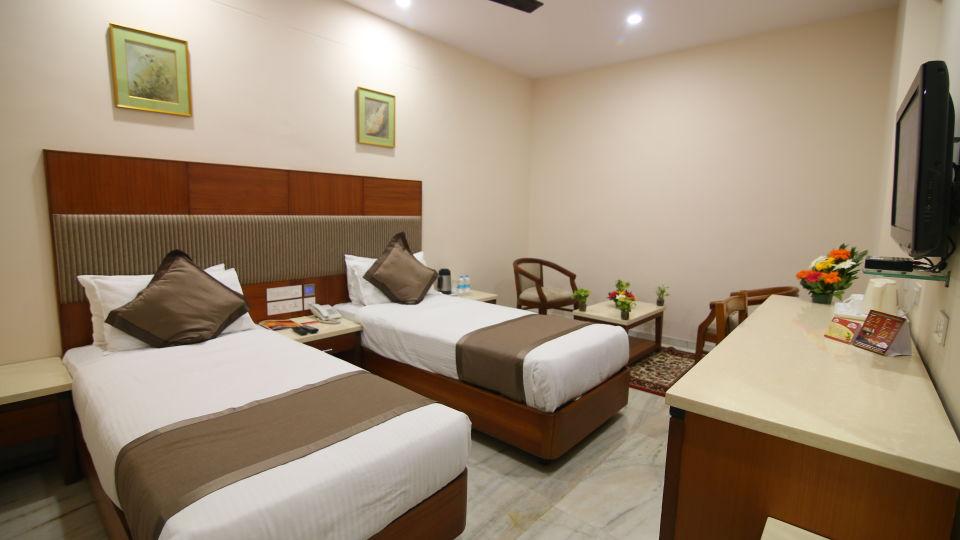 Bussiness Club Twin Beds at Hotel Daspalla Executive Court Vishakapatnam 2