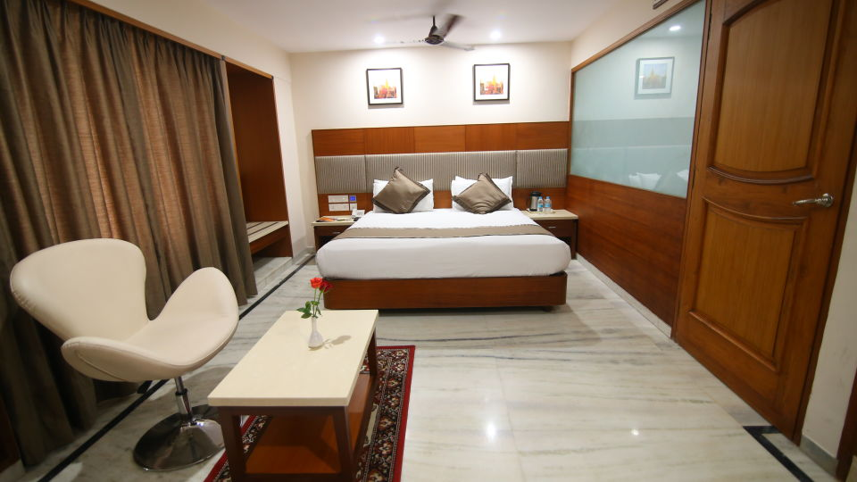 Suite at Hotel Daspalla Executive Court Vishakapatnam 3