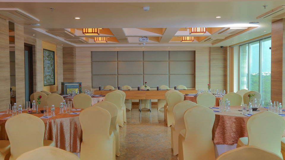 Meeting and Events at Efcee Sarovar Portico , Hotels in Bhavnagar  4