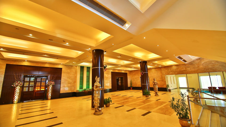 Lobby at gokulam park and convention centre cochin 1
