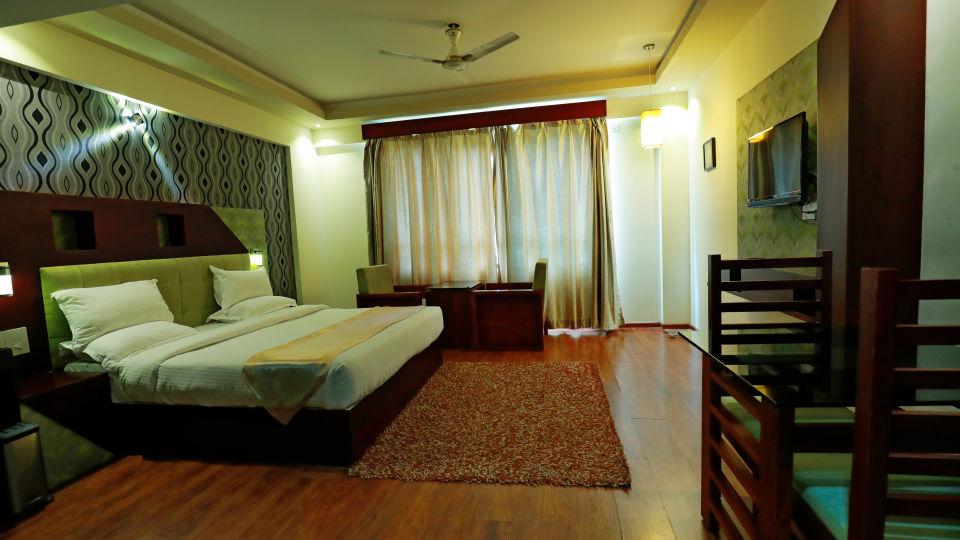 Executive Room 2, Gokulam Park Munnar, Stay in Munnar