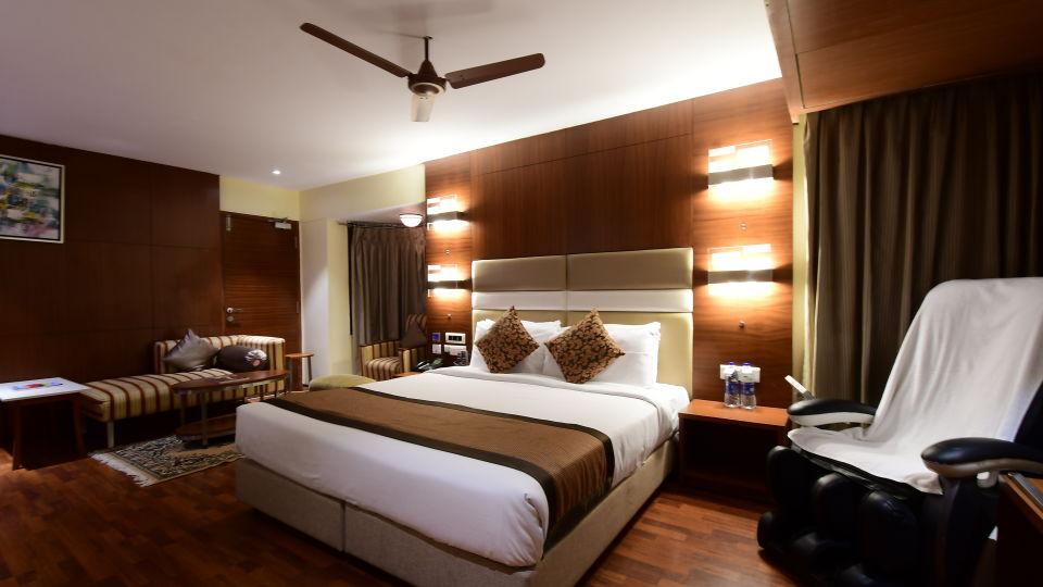 Platinum Suite at Hotel Daspalla Vishakhapatnam 5
