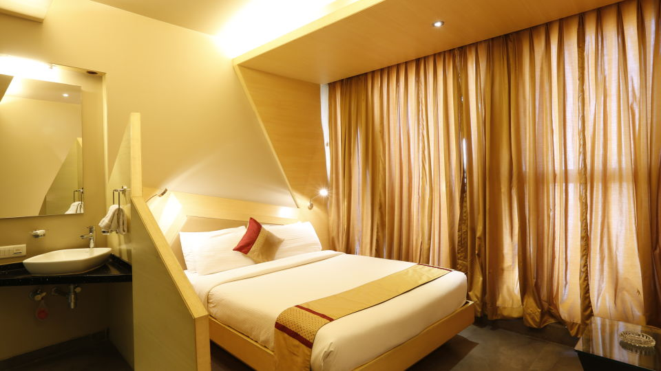 Super Deluxe Rooms in Andheri, Hotel Dragonfly Andheri Mumbai, Hotels in Andheri