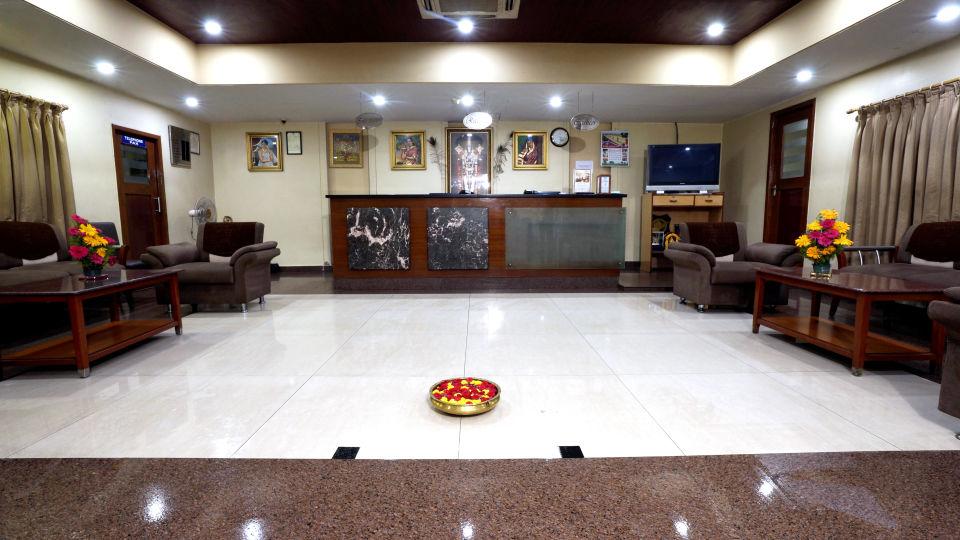 Lobby at Hotel Geetha Regency in Guntur 2