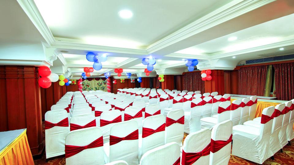 Gayathri, Hotel Gokulam Park, Chennai, Banquet Halls In Chennai 2552