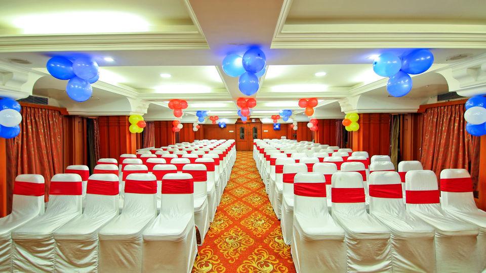 Gayathri, Hotel Gokulam Park, Chennai, Banquet Halls In Chennai 2557