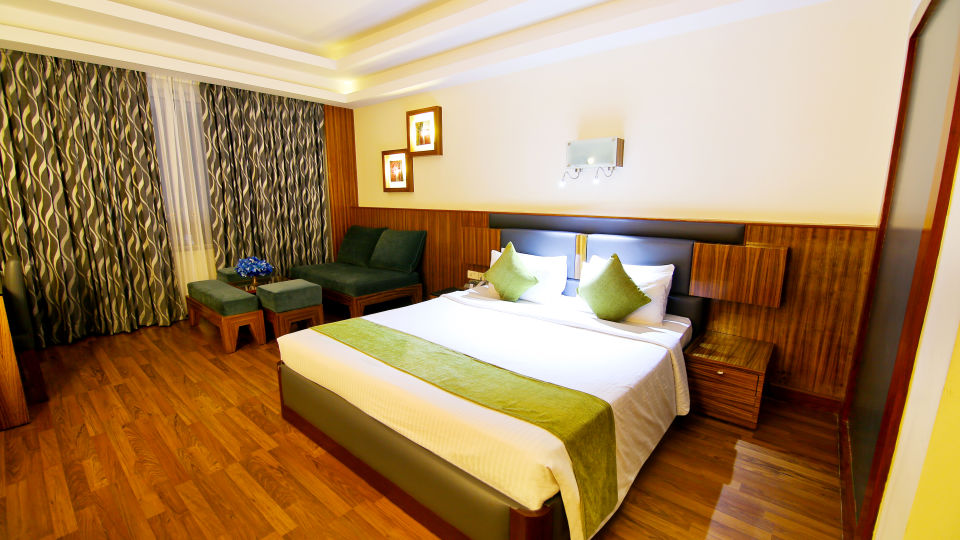 Superior Rooms at gokulam park and convention centre cochin, rooms in kaloor  3