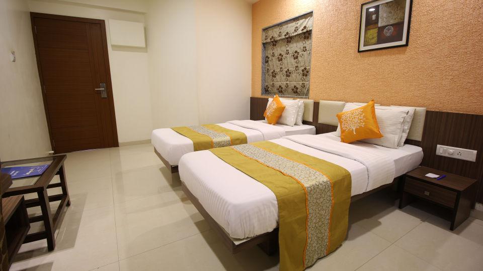 Superior Room Hotel Jyoti - Rajkot Gujrat 16