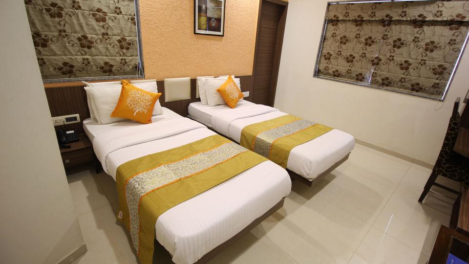 Superior Room Hotel Jyoti - Rajkot Gujrat 17