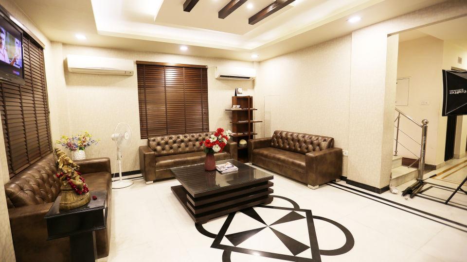 Hotel Pals Inn, Patel Nagar, New Delhi New Delhi Lobby Hotel Pals Inn Patel Nagar New Delhi 2