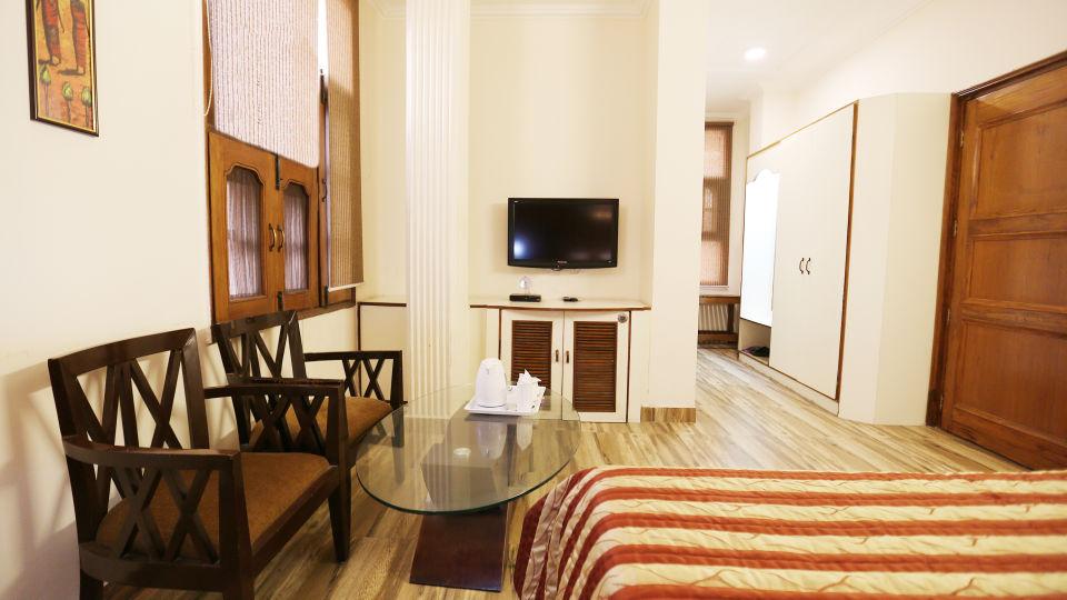 Hotel Pals Inn, Patel Nagar, New Delhi New Delhi Maharaja Classic Suite Hotel Pals Inn Patel Nagar New Delhi 3