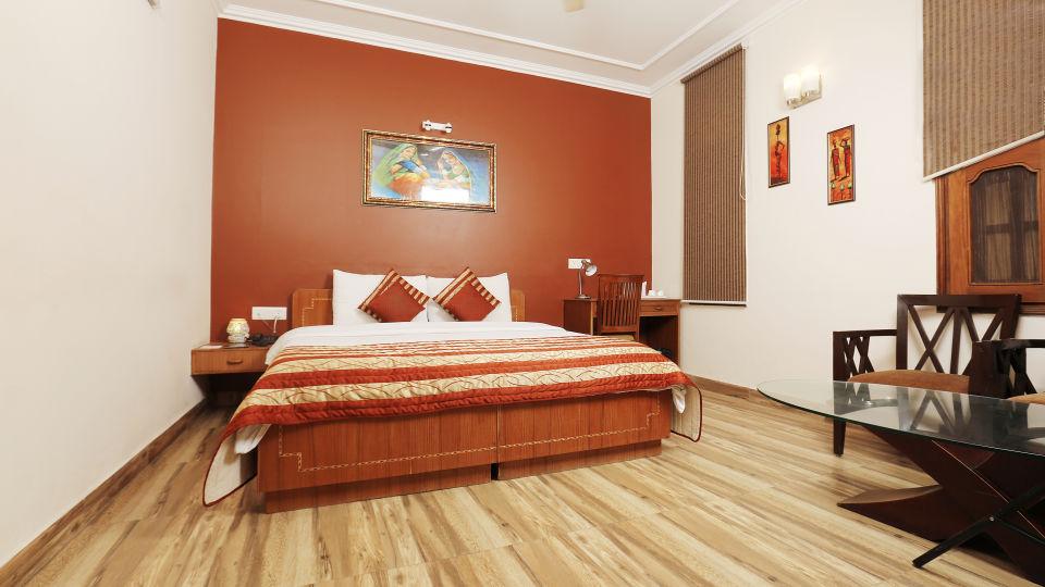 Hotel Pals Inn, Patel Nagar, New Delhi New Delhi Maharaja Classic Suite Hotel Pals Inn Patel Nagar New Delhi