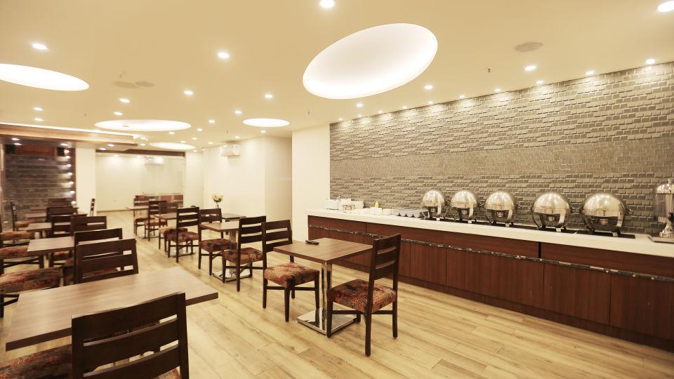 Hotel Pals Inn, Patel Nagar, New Delhi New Delhi Restaurant Hotel Pals Inn Patel Nagar New Delhi 3