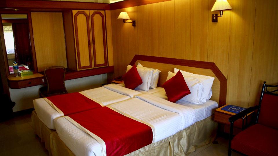 Hotel Swagath in Bangalore Hotel Near Majestic Railway Station 19