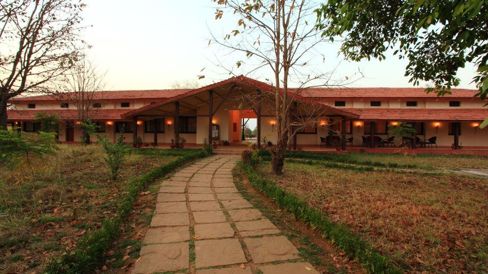 Main Entrance of Infinity Resorts Kanha