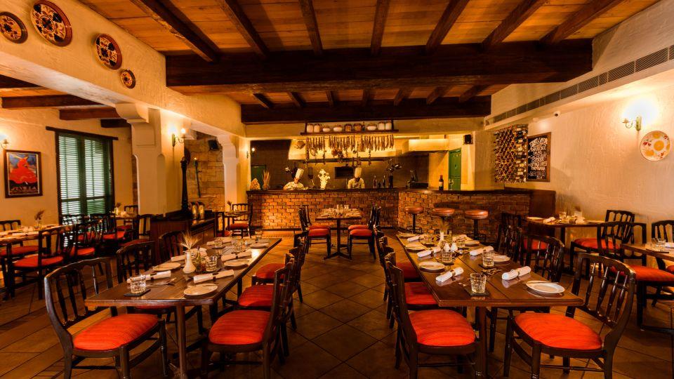 Lakuchina Italian Restaurant in Bhopal-Jehan Numa Palace Bhopal-hotels in bhopal 98383