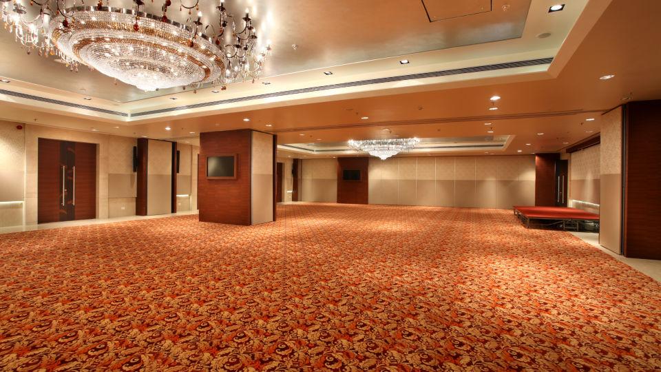 Banquet hall at Mahagun Sarovar Portico Vaishali, hotels in vaishali 1