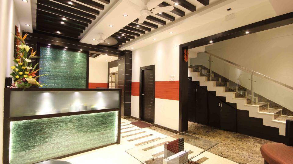 Lobby 2, Mango Hotels Prajwal, Rajajinagar Hotel