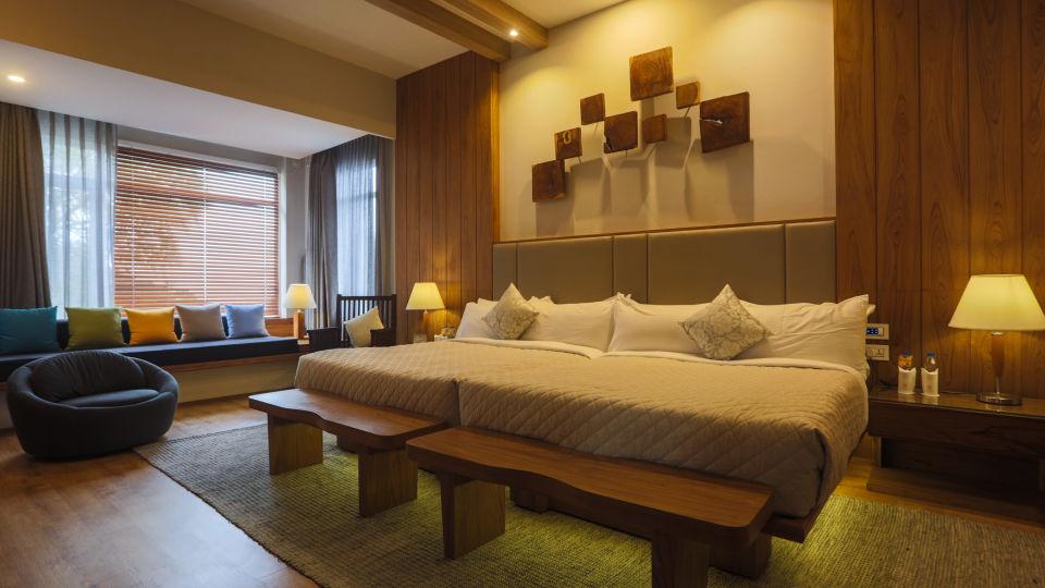 Bedroom 2 presidential suite