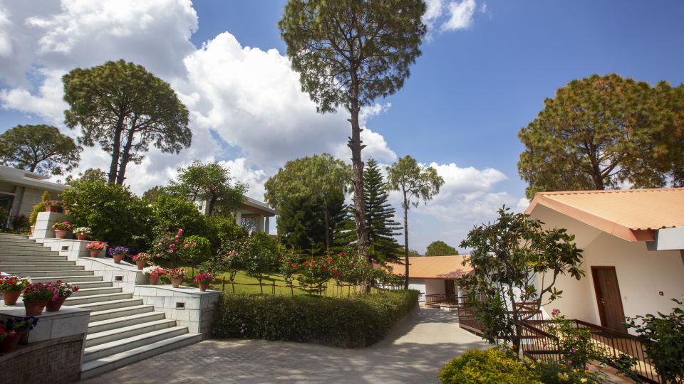 Moksha Spa Entrance Moksha Himalaya Spa Resort Parwanoo 1