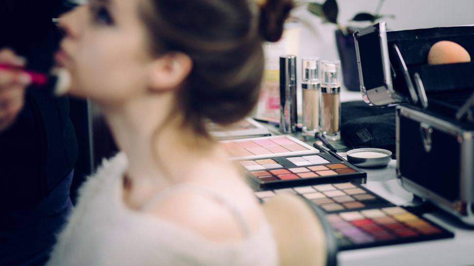 adult-beautiful-cosmetics-361755