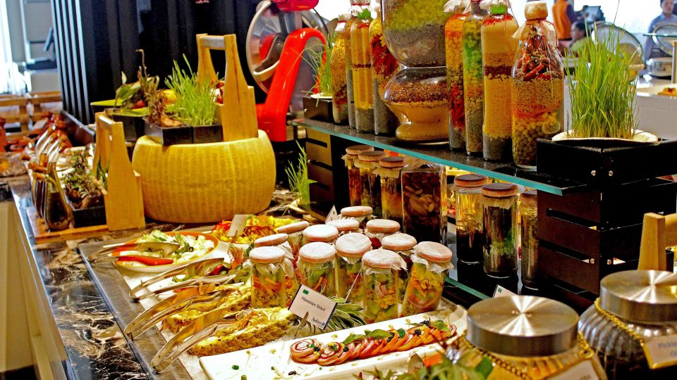 Food at Radisson Blu - Bengaluru Outer Ring Road 3