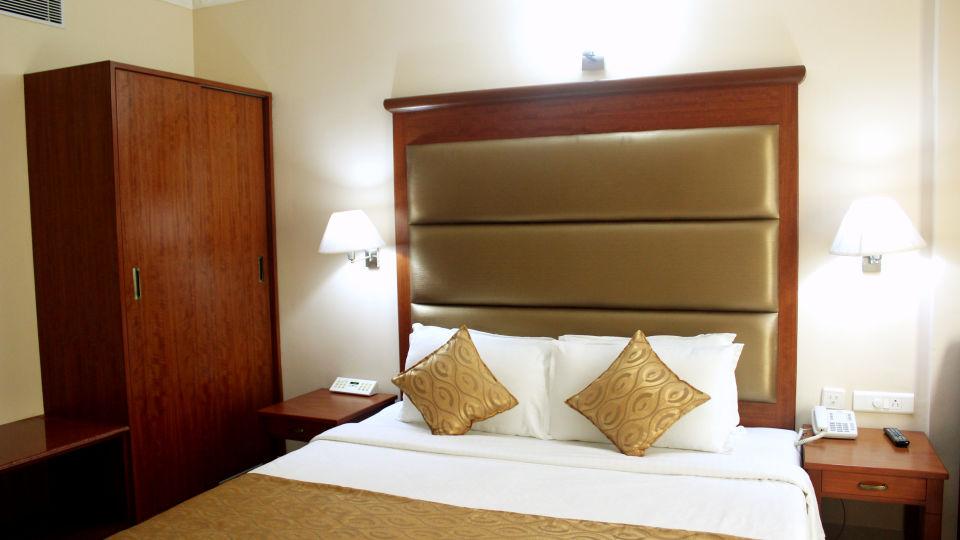 Raj Park Hotel - Tirupati Tirupati Family Room Raj Park Hotel Tirupati 1