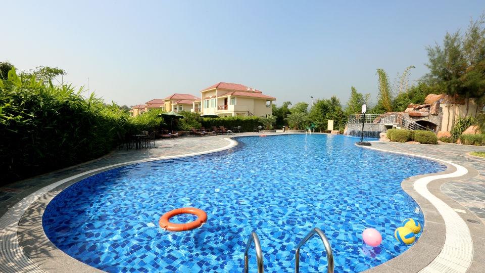 Pool Resort de Coracao Corbett 1