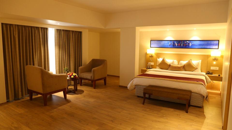 Superior Rooms Sarovar Portico Ahmedabad 23