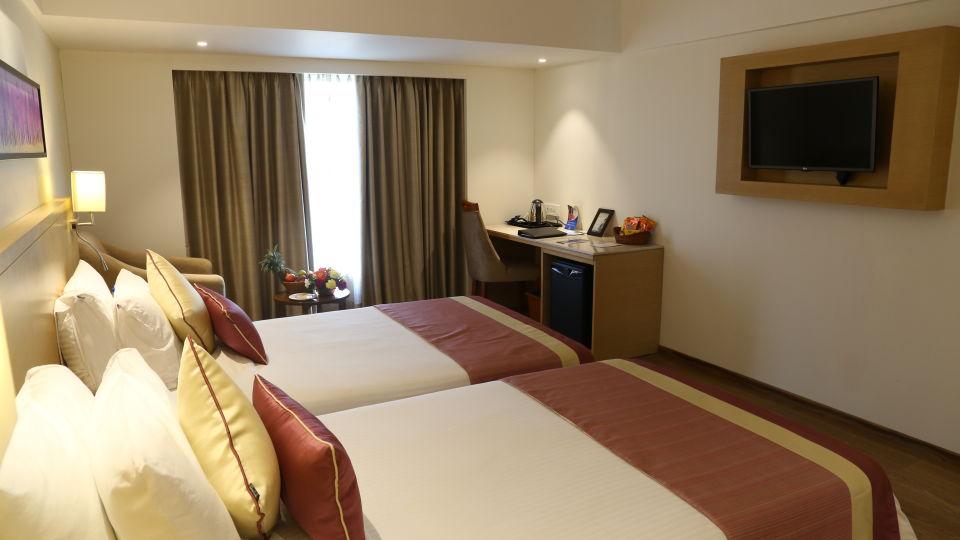 Superior Rooms Sarovar Portico Ahmedabad 3