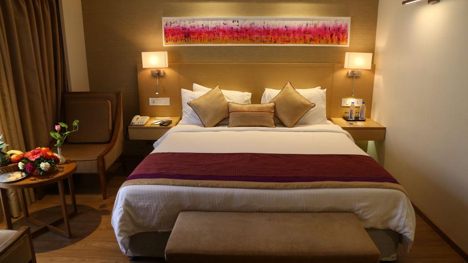 Superior Rooms Sarovar Portico Ahmedabad 7