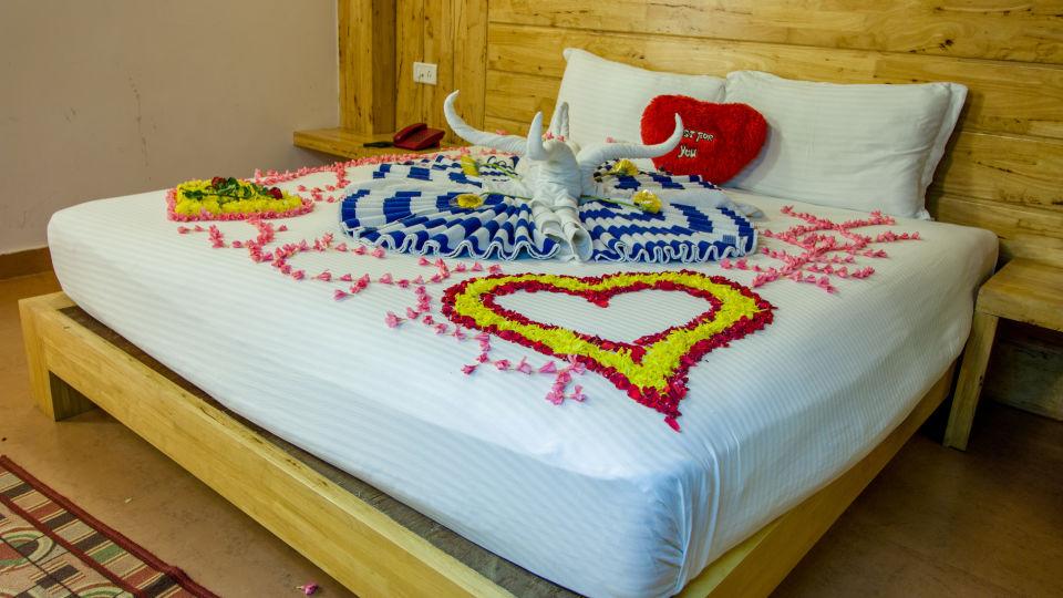 Flower Bed Decor 1