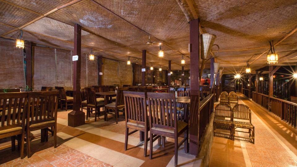 Restaurant Charcoal 14
