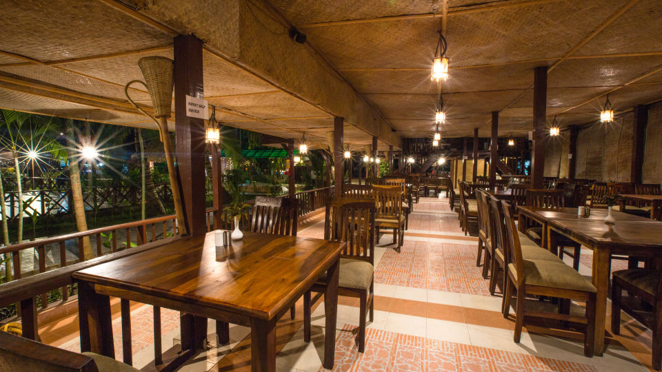Restaurant Charcoal 1