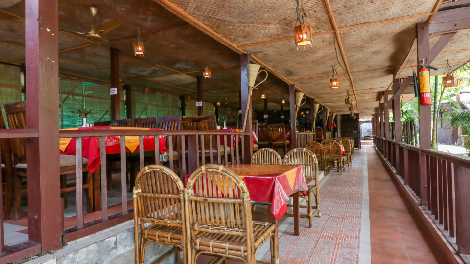 Restaurant Charcoal 3