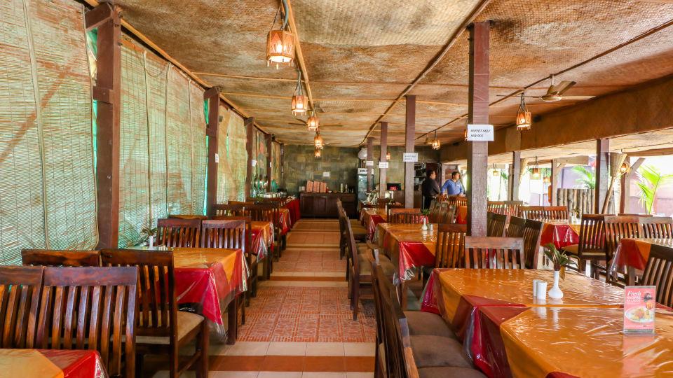 Restaurant Charcoal 6