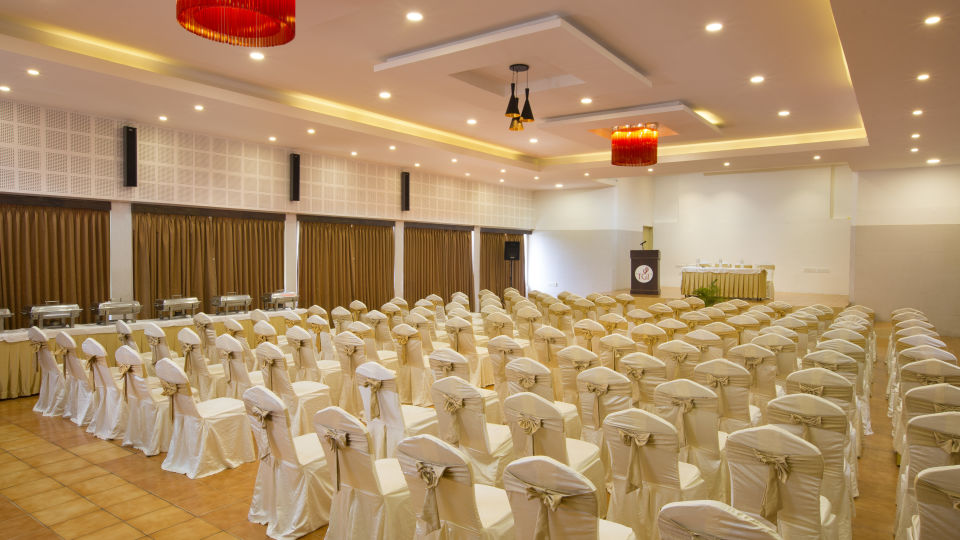 Meetings and Events Hall at TGI Star Holiday Resort Yercaud 5
