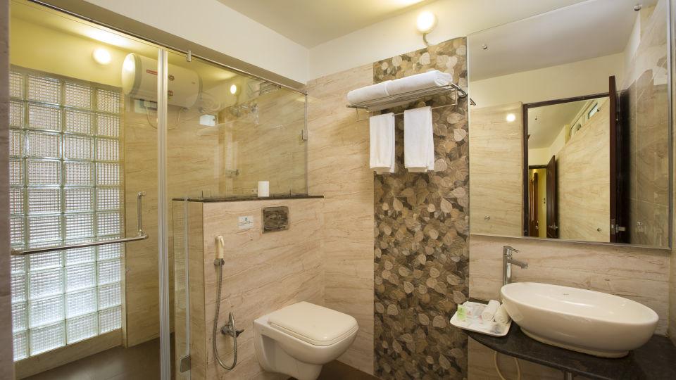 Rooms at TGI Star Holiday Resort Yercaud 3