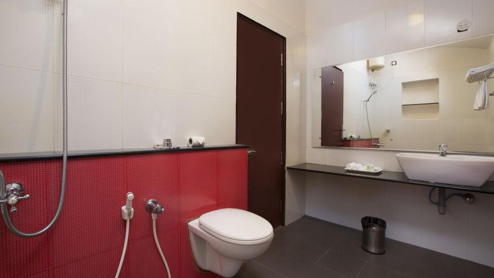 Rooms at TGI Star Holiday Resort Yercaud 8