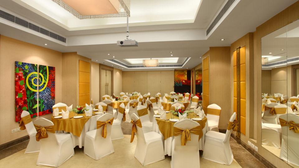 Banquets Halls In Green Park, The Ashtan Sarovar Portico New Delhi, Hotels In Green Park 91