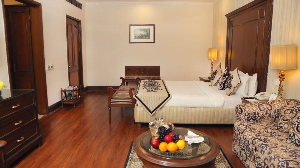Business Suite, The Bristol Hotel Gurgaon, 5-star Hotel In Gurgaon 7741