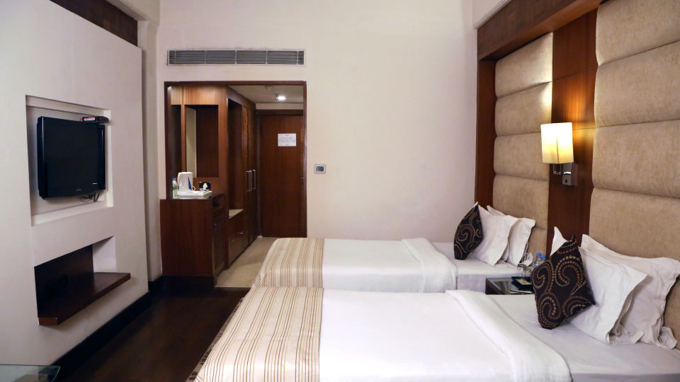 Club Rooms at The Bristol Hotel Gurgaon, Rooms Near Cyber City  2