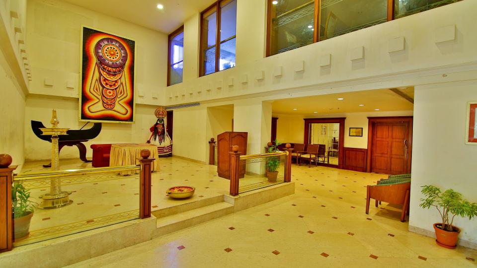 Lobby Reception The Gokulam Park Kochi 3