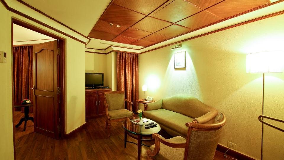 Suite Room at The Gokulam Park Kochi 3